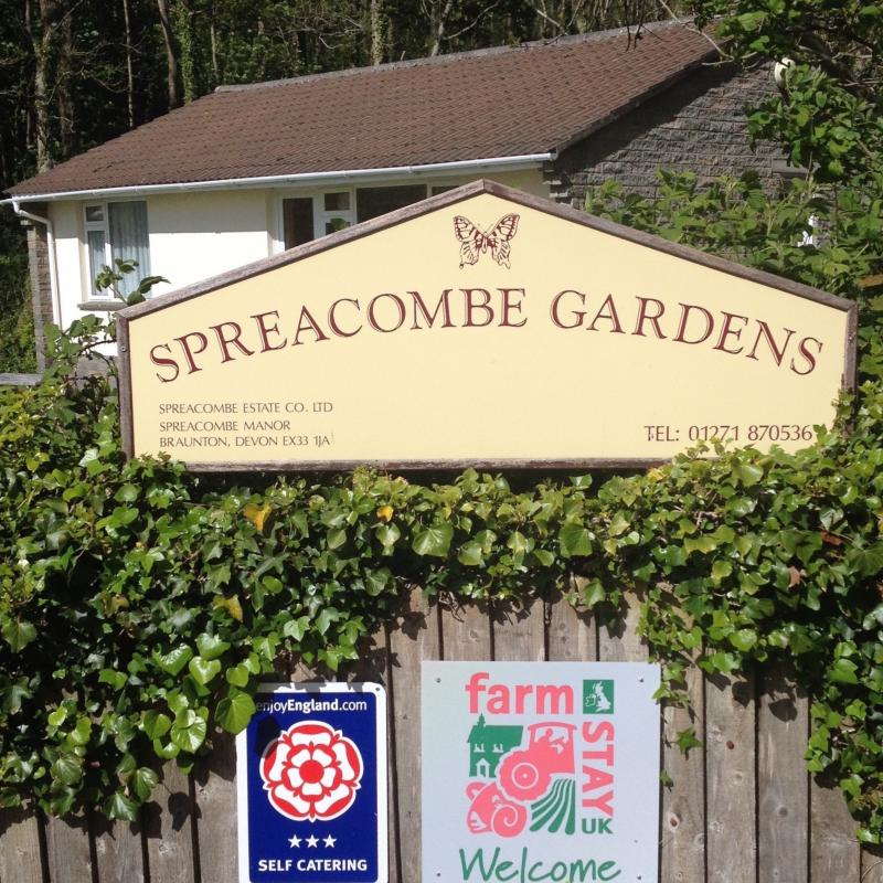 Families and Dogs Welcome to Spreacombe