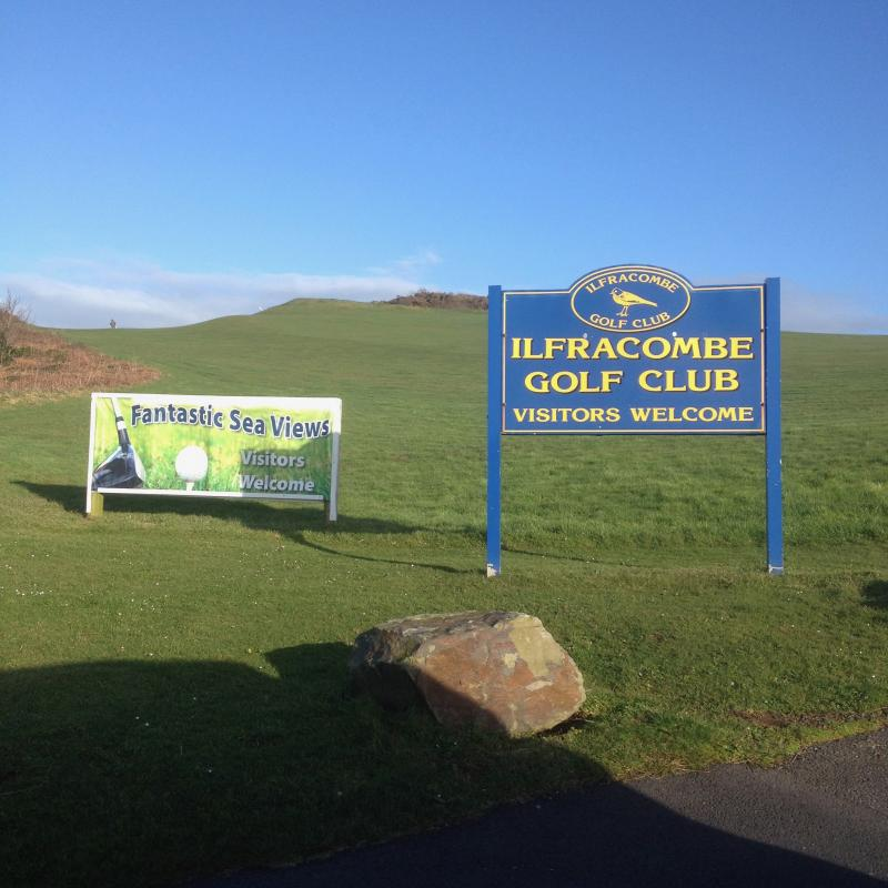Signs at entrance to Ilfracombe Golf Club